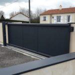 Portail noir Moderne posé à CERIZAY